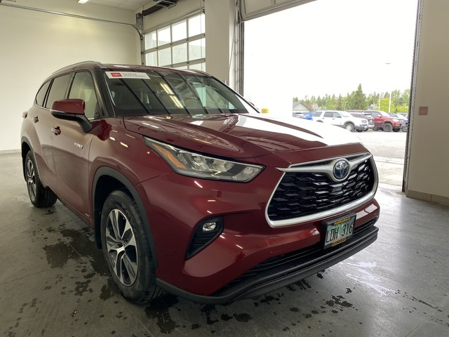 Certified Pre-Owned 2020 Toyota Highlander Hybrid XLE
