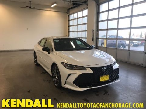 New 2019 Toyota Avalon 4DR Sedan Touring V6